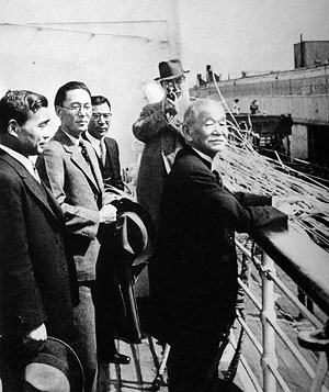Boarding the Hikawa Maru out of Vancouver on his way back to Japan, after a courtesy call to the American IOC member who supported the Tokyo bid, following the IOC meeting in Cairo. (Kano fell sick immediately after departure.)